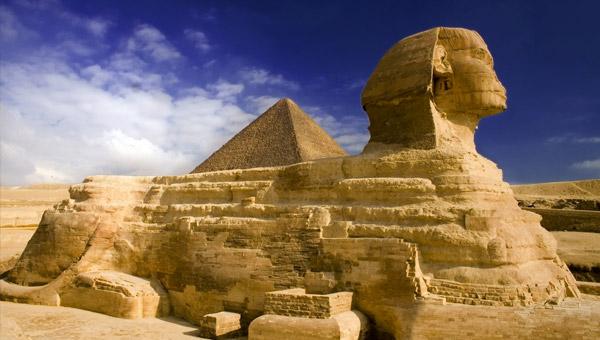 sphinx-pyramids