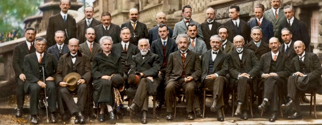 solvay_1927_color_photo_large
