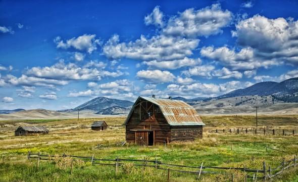 montana-barn-not-an-inverse-femtobarn-590x360